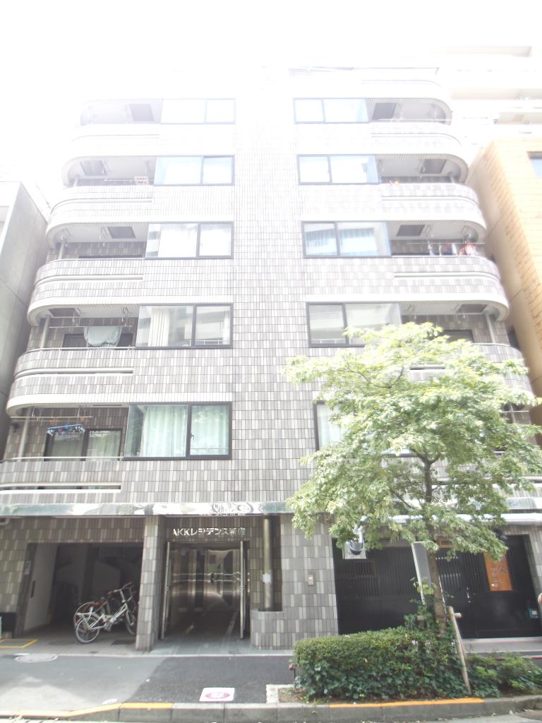 東京都新宿区、新大久保駅徒歩12分の築27年 8階建の賃貸マンション