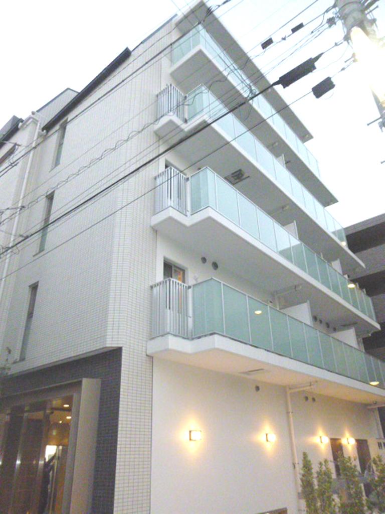 東京都新宿区、飯田橋駅徒歩9分の築1年 5階建の賃貸マンション