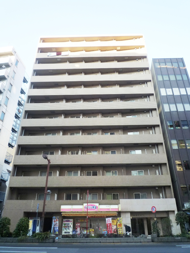 東京都千代田区、九段下駅徒歩4分の築14年 12階建の賃貸マンション
