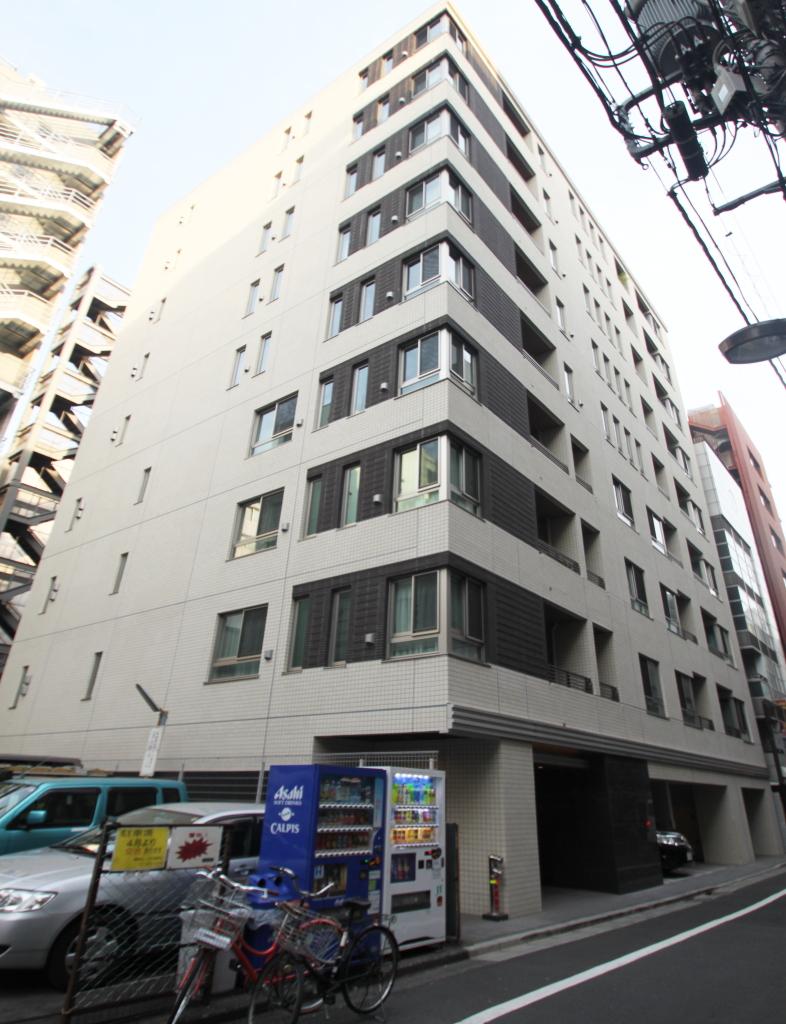 東京都千代田区、神田駅徒歩2分の築4年 9階建の賃貸マンション