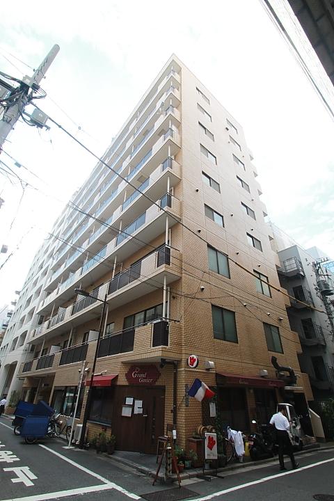 東京都千代田区、麹町駅徒歩12分の築31年 10階建の賃貸マンション