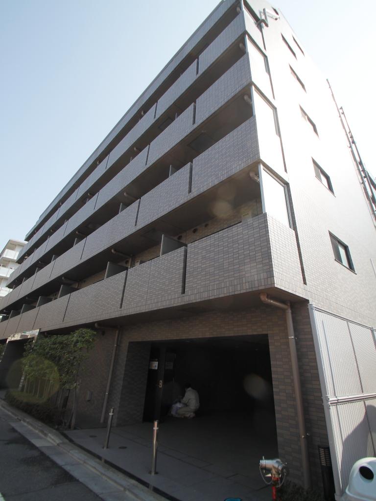 東京都新宿区、神楽坂駅徒歩7分の築10年 7階建の賃貸マンション