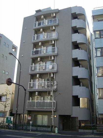 東京都新宿区、早稲田駅徒歩3分の築18年 7階建の賃貸マンション