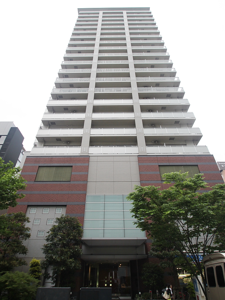 東京都千代田区、秋葉原駅徒歩4分の築10年 21階建の賃貸マンション
