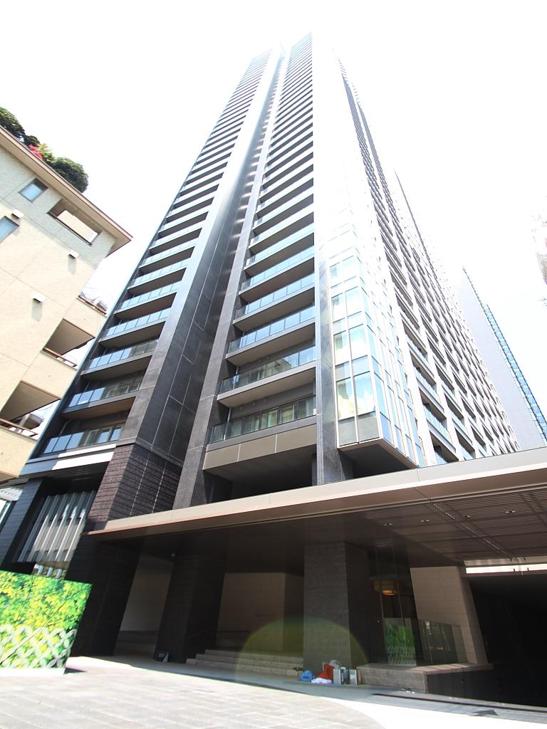 東京都千代田区、飯田橋駅徒歩3分の築2年 40階建の賃貸マンション