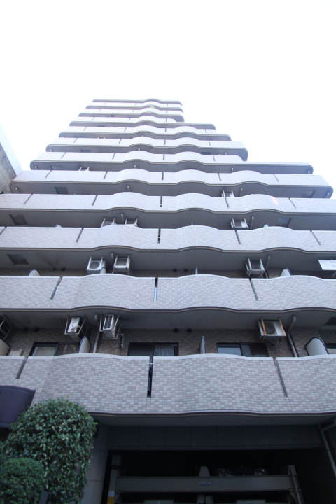 東京都千代田区、水道橋駅徒歩3分の築17年 12階建の賃貸マンション
