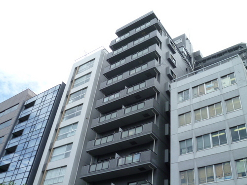 東京都千代田区、市ケ谷駅徒歩5分の築19年 14階建の賃貸マンション