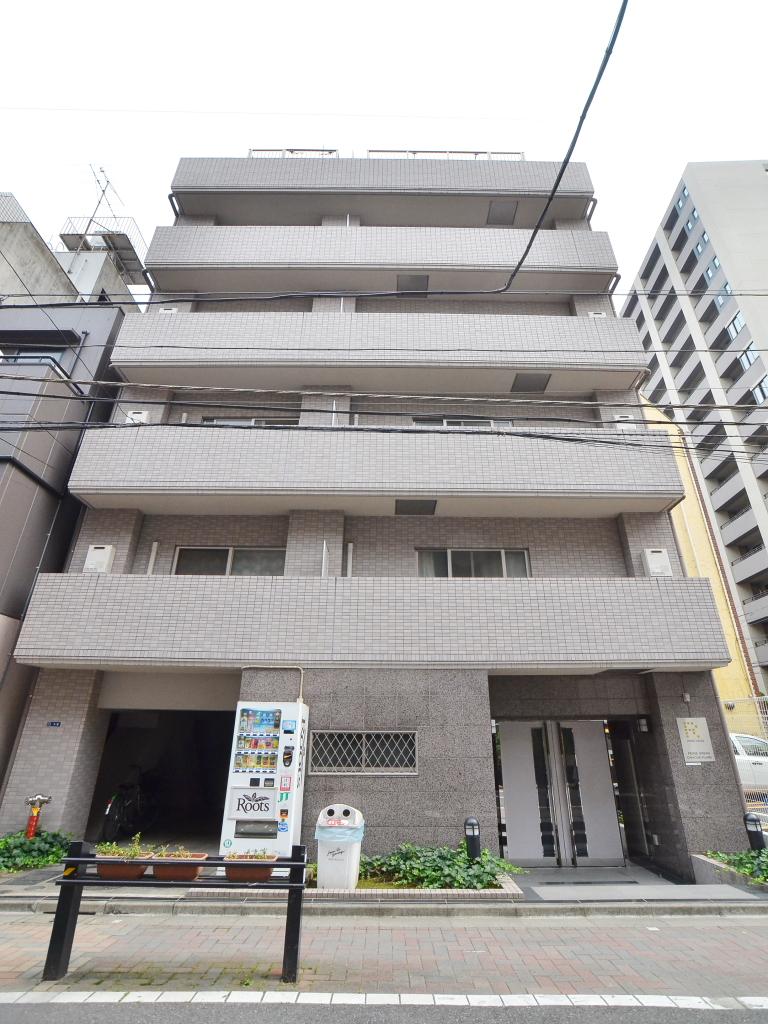 東京都千代田区、飯田橋駅徒歩4分の築14年 10階建の賃貸マンション