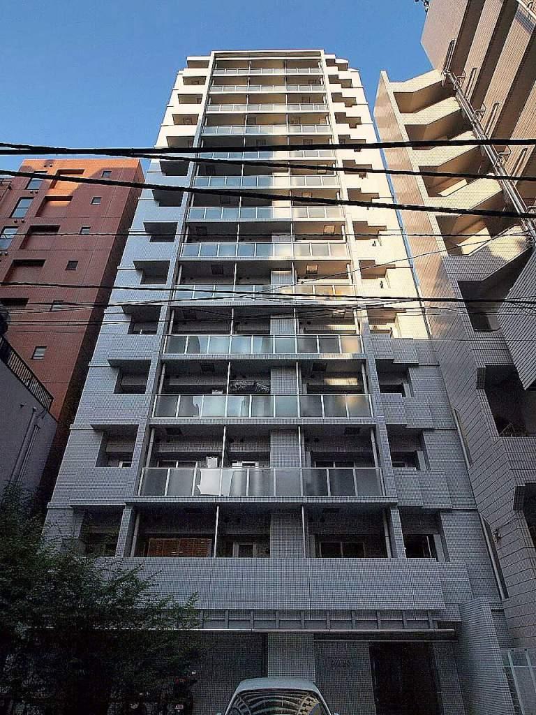 東京都千代田区、飯田橋駅徒歩9分の築11年 14階建の賃貸マンション