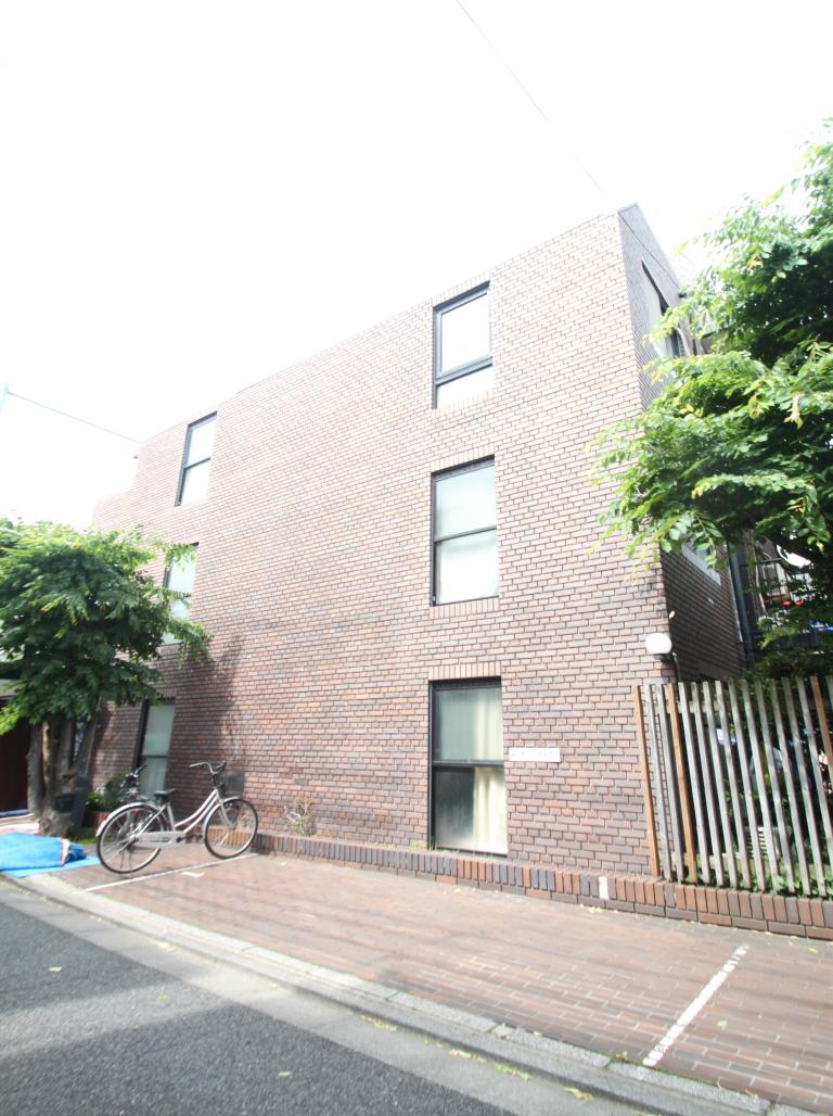 東京都文京区、本駒込駅徒歩10分の築33年 5階建の賃貸マンション