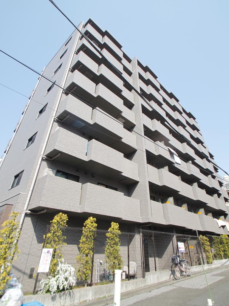 東京都文京区、飯田橋駅徒歩11分の築10年 8階建の賃貸マンション
