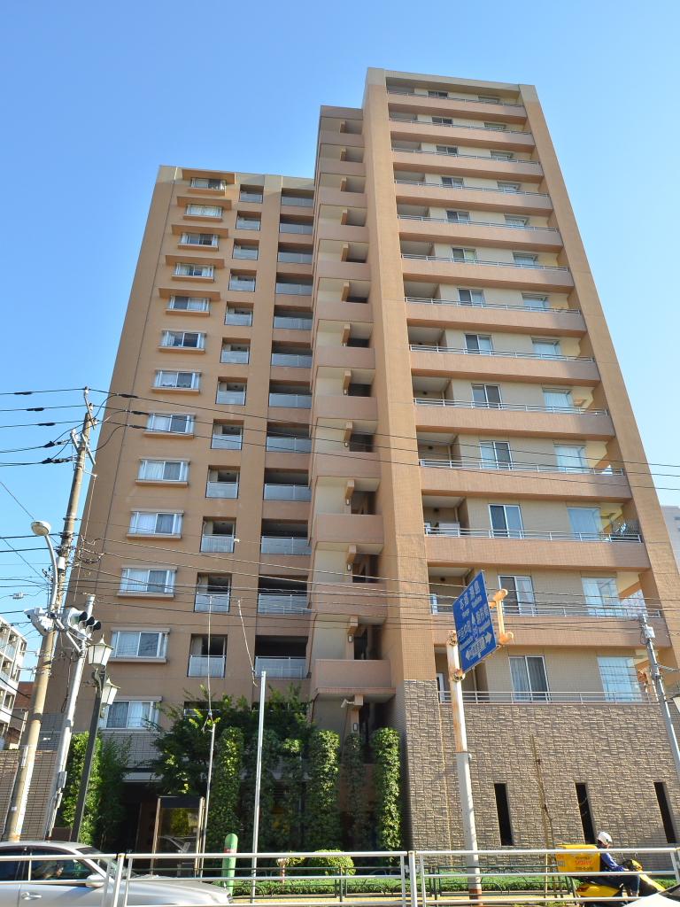 東京都墨田区、両国駅徒歩11分の築16年 14階建の賃貸マンション