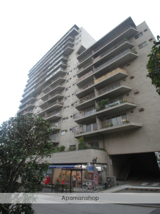 東京都文京区、水道橋駅徒歩3分の築46年 16階建の賃貸マンション