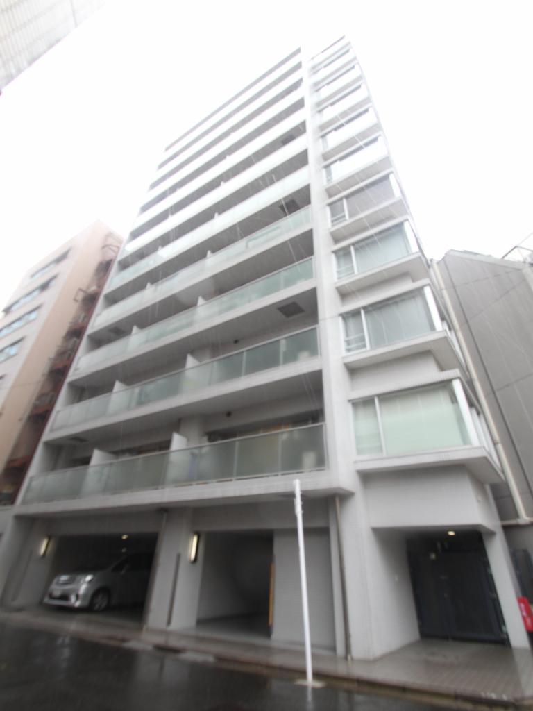 東京都千代田区、御茶ノ水駅徒歩8分の築12年 12階建の賃貸マンション