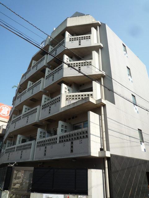 東京都新宿区、早稲田駅徒歩12分の築12年 8階建の賃貸マンション