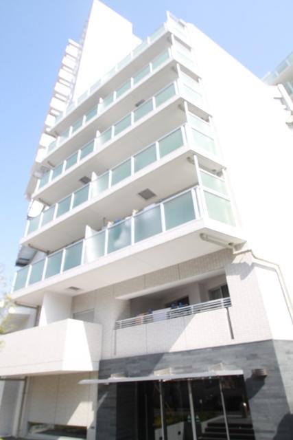 東京都新宿区、高田馬場駅徒歩2分の築8年 15階建の賃貸マンション