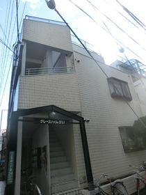 東京都豊島区、池袋駅徒歩12分の築28年 3階建の賃貸マンション