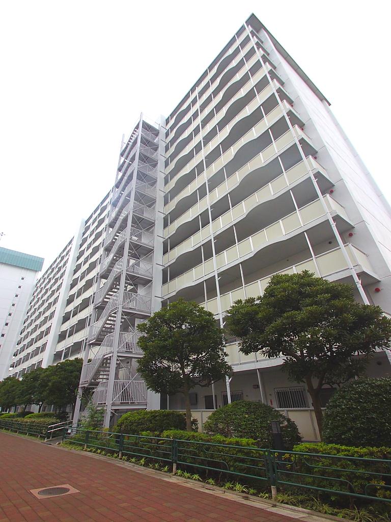 東京都江東区、南砂町駅徒歩10分の築41年 13階建の賃貸マンション