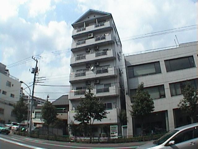 東京都江東区、清澄白河駅徒歩3分の築28年 7階建の賃貸マンション