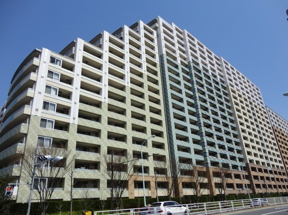 東京都江東区、潮見駅徒歩30分の築10年 20階建の賃貸マンション
