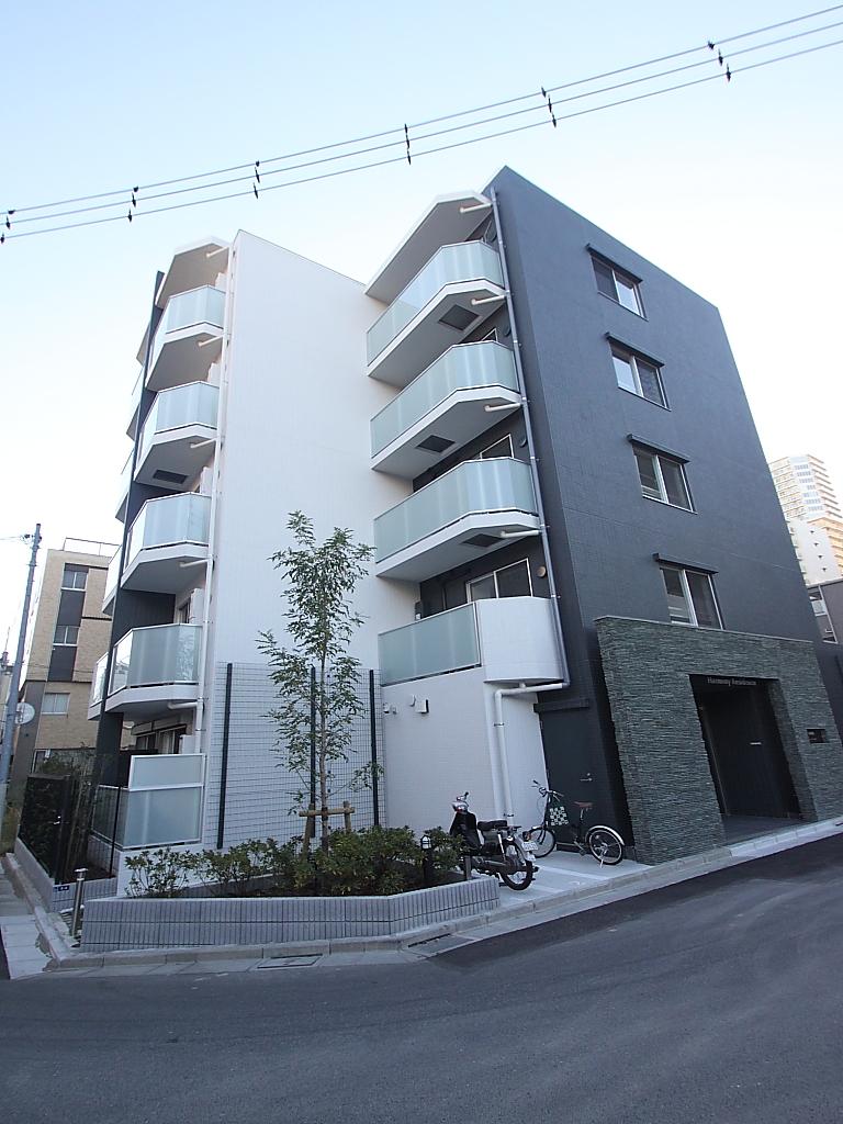 東京都江東区、清澄白河駅徒歩10分の築3年 5階建の賃貸マンション