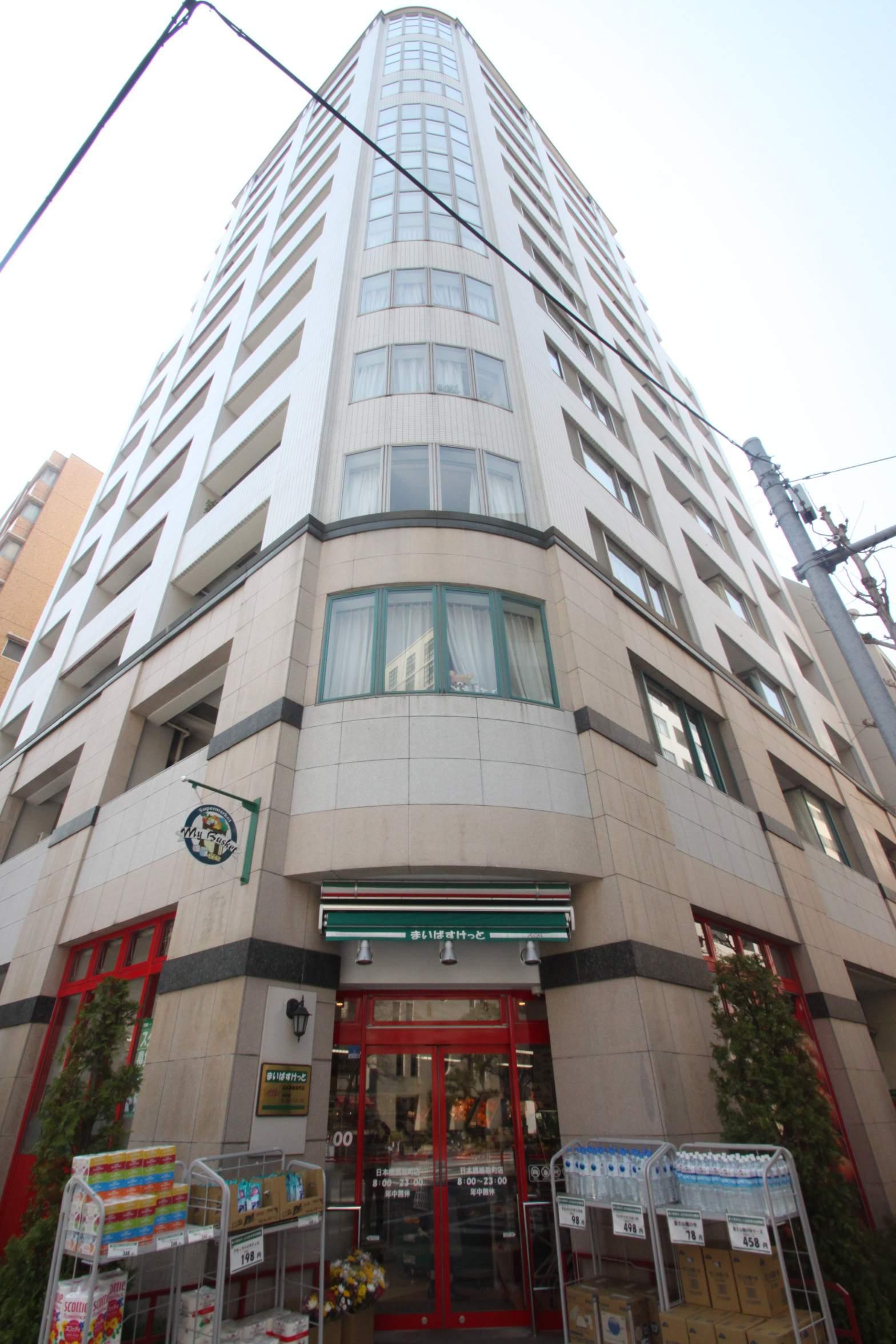 東京都中央区、茅場町駅徒歩9分の築13年 15階建の賃貸マンション