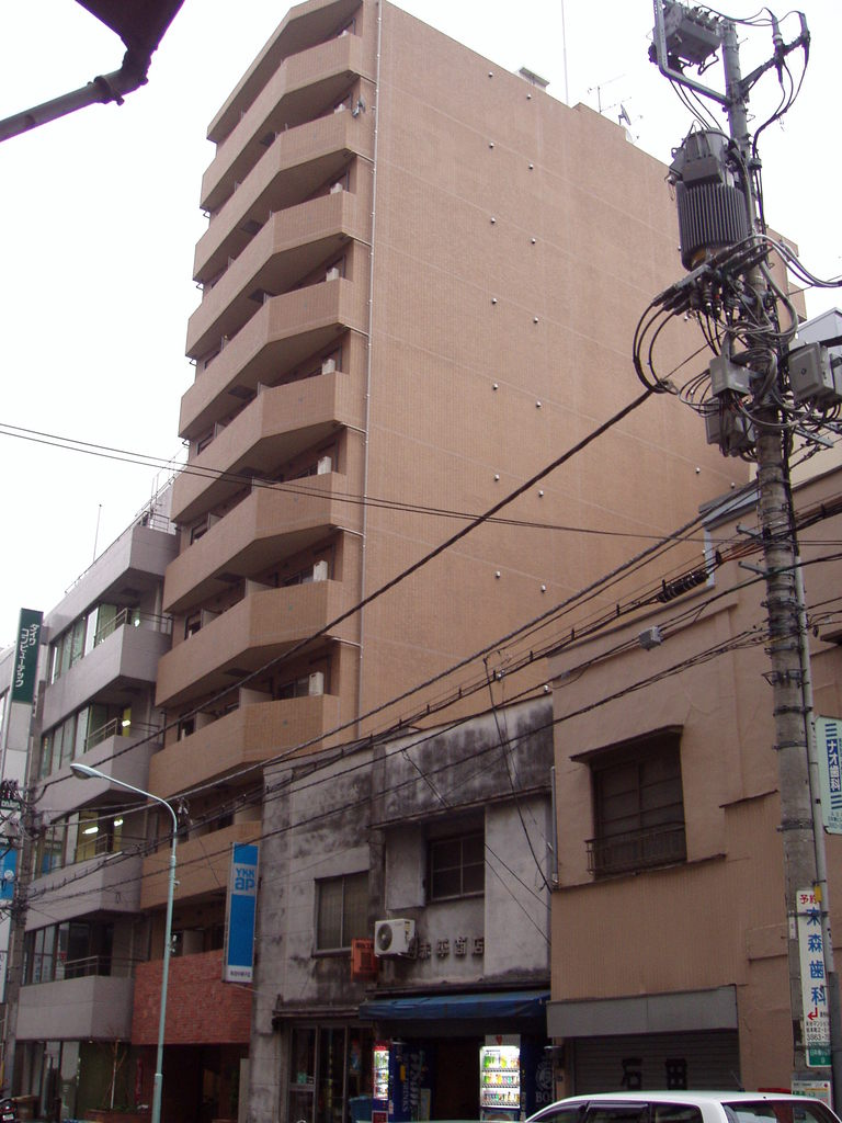 東京都中央区、新日本橋駅徒歩7分の築13年 11階建の賃貸マンション