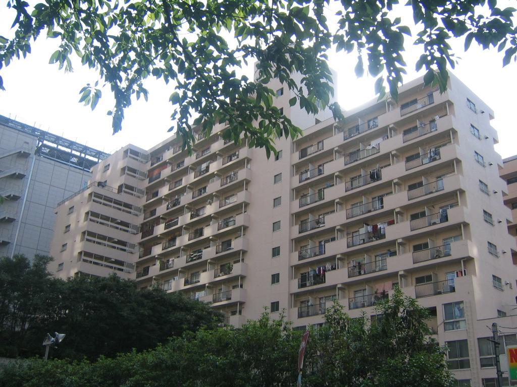 東京都中央区、八丁堀駅徒歩8分の築43年 14階建の賃貸マンション