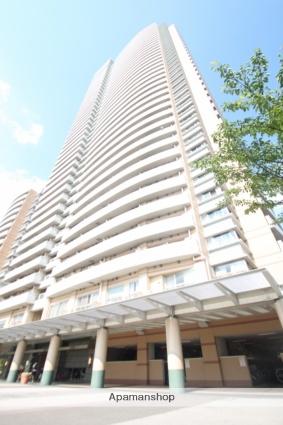 東京都新宿区、四谷三丁目駅徒歩15分の築14年 41階建の賃貸マンション