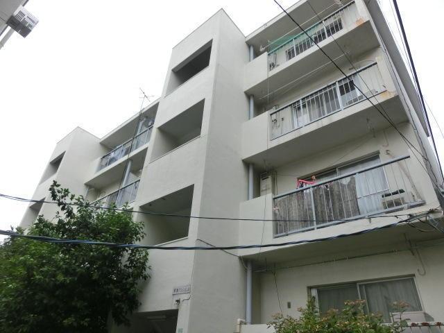 東京都中野区、中野駅徒歩15分の築46年 4階建の賃貸マンション