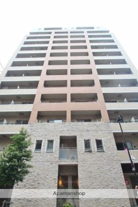 東京都千代田区、九段下駅徒歩6分の築14年 13階建の賃貸マンション