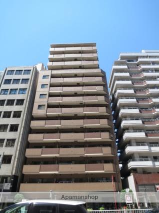 東京都新宿区、新大久保駅徒歩12分の築15年 14階建の賃貸マンション