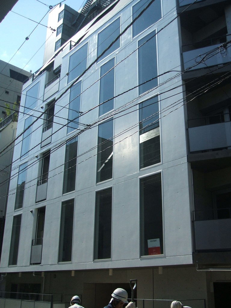 東京都千代田区、淡路町駅徒歩4分の築9年 7階建の賃貸マンション