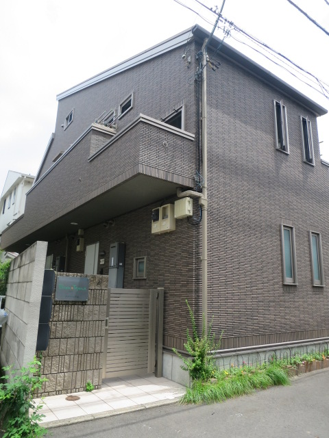 東京都新宿区、早稲田駅徒歩12分の築11年 2階建の賃貸アパート