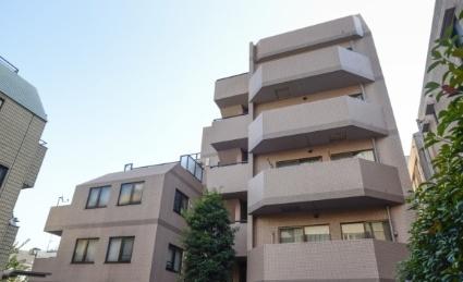 東京都新宿区、神楽坂駅徒歩7分の築18年 6階建の賃貸マンション