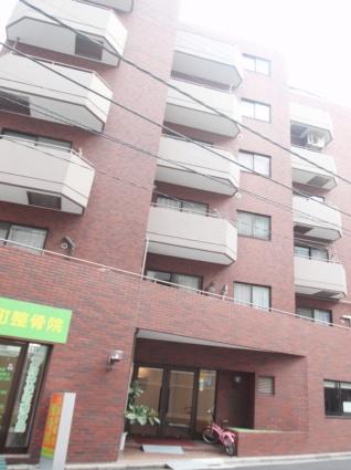 東京都千代田区、水道橋駅徒歩8分の築28年 7階建の賃貸マンション