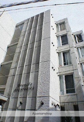 東京都新宿区、早稲田駅徒歩14分の築10年 5階建の賃貸マンション