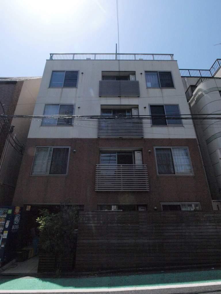 東京都新宿区、早稲田駅徒歩4分の築10年 5階建の賃貸マンション