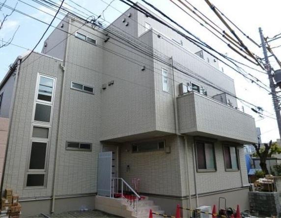東京都新宿区、飯田橋駅徒歩11分の築6年 3階建の賃貸マンション