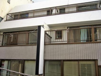 東京都千代田区、神田駅徒歩3分の築28年 5階建の賃貸マンション