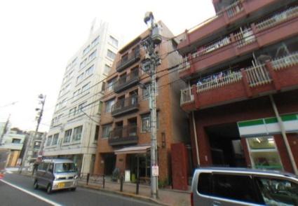 東京都文京区、新大塚駅徒歩16分の築38年 5階建の賃貸マンション