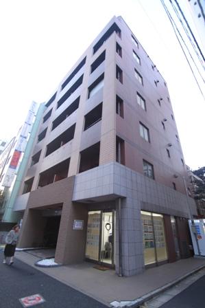 東京都千代田区、神田駅徒歩3分の築15年 9階建の賃貸マンション