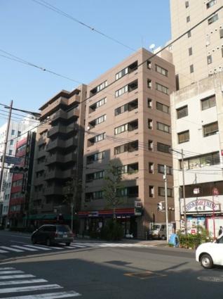 東京都千代田区、御茶ノ水駅徒歩13分の築18年 9階建の賃貸マンション