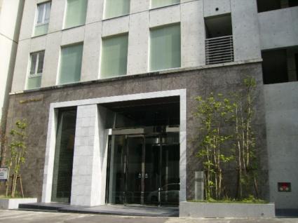 東京都千代田区、九段下駅徒歩8分の築11年 9階建の賃貸マンション