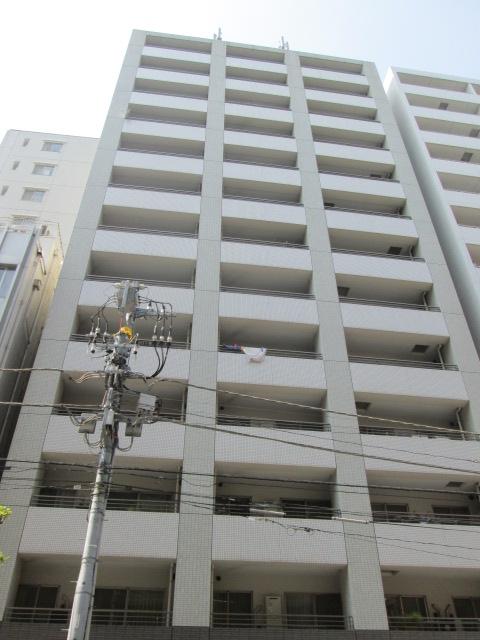 東京都中央区、築地駅徒歩4分の築13年 13階建の賃貸マンション