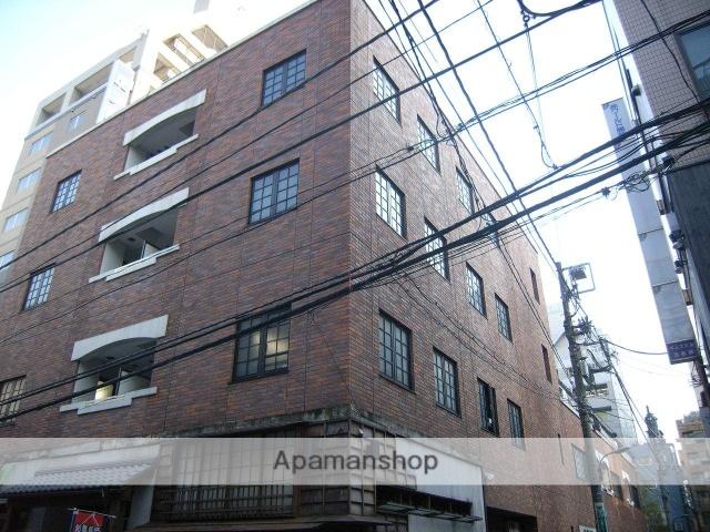 東京都港区、虎ノ門駅徒歩4分の築17年 6階建の賃貸マンション