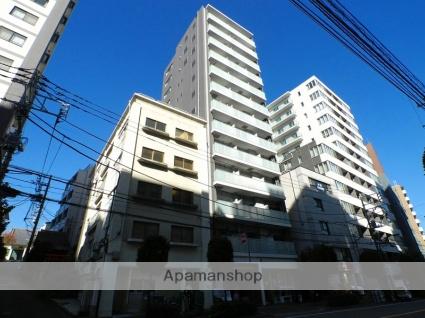東京都新宿区、飯田橋駅徒歩10分の築3年 13階建の賃貸マンション