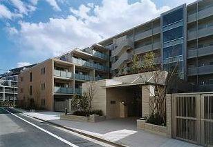 東京都杉並区、西荻窪駅徒歩5分の築9年 6階建の賃貸マンション
