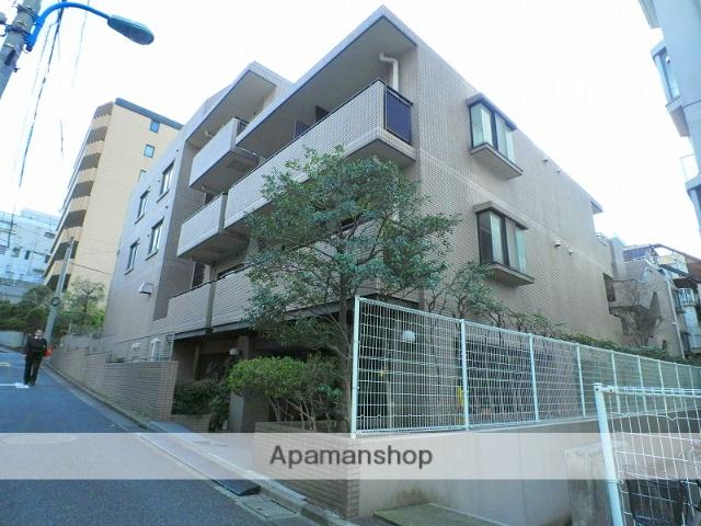 東京都新宿区、神楽坂駅徒歩6分の築27年 5階建の賃貸マンション