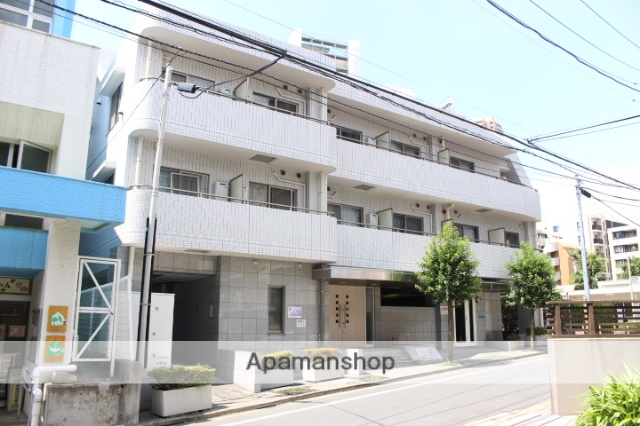 東京都新宿区、若松河田駅徒歩9分の築15年 5階建の賃貸マンション